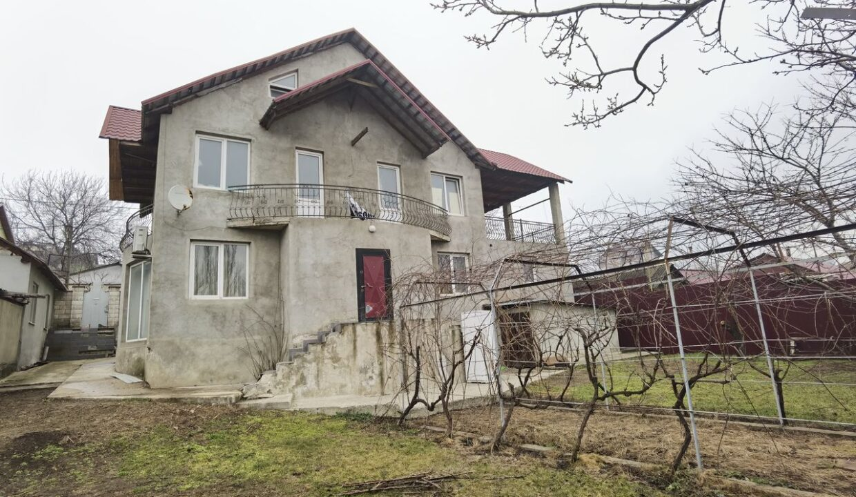 casa-2-nivele-ciocana (0a)