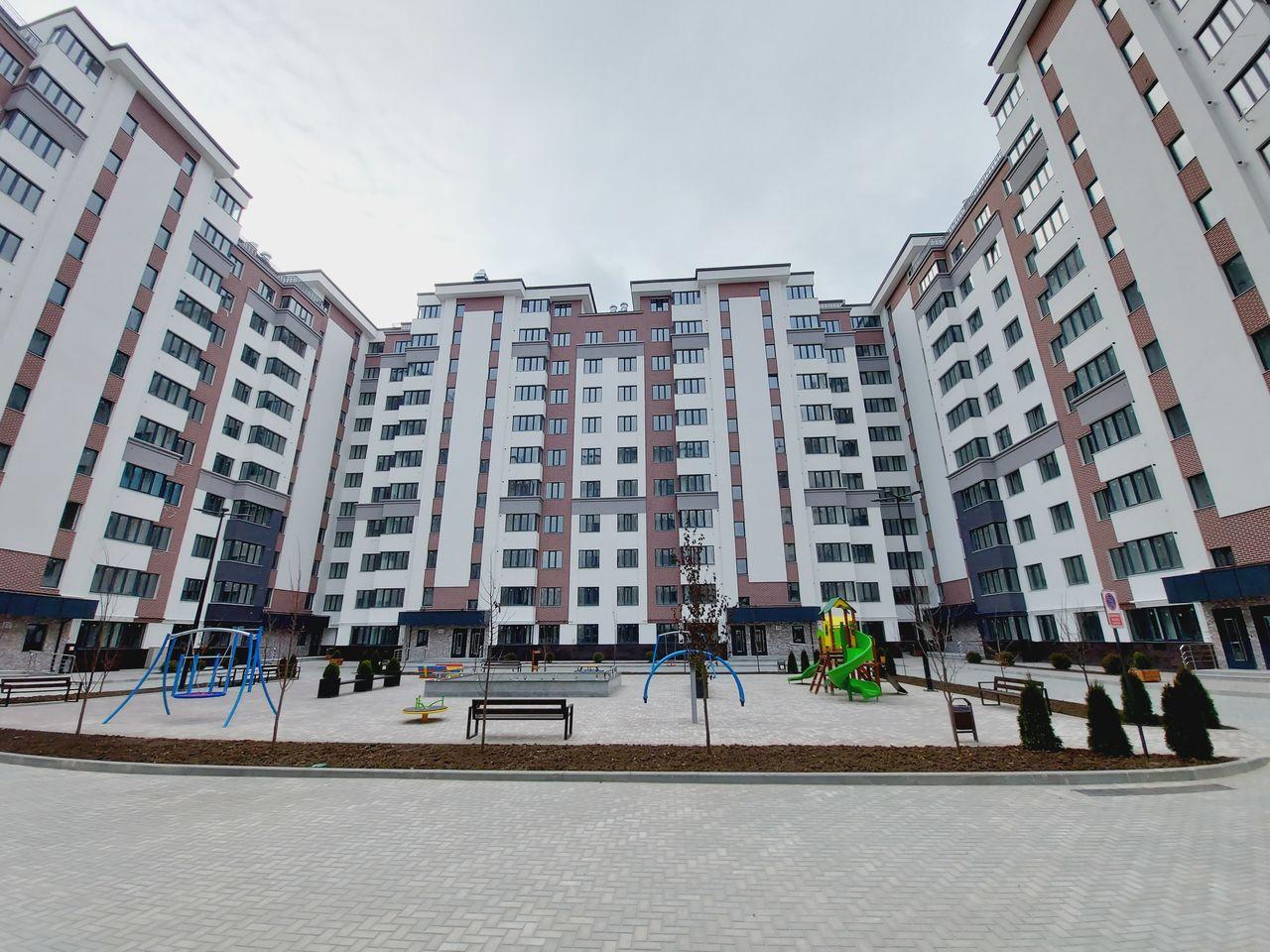Apartament cu 2 dormitoare la etajul 4, finisat la cheie, Centru