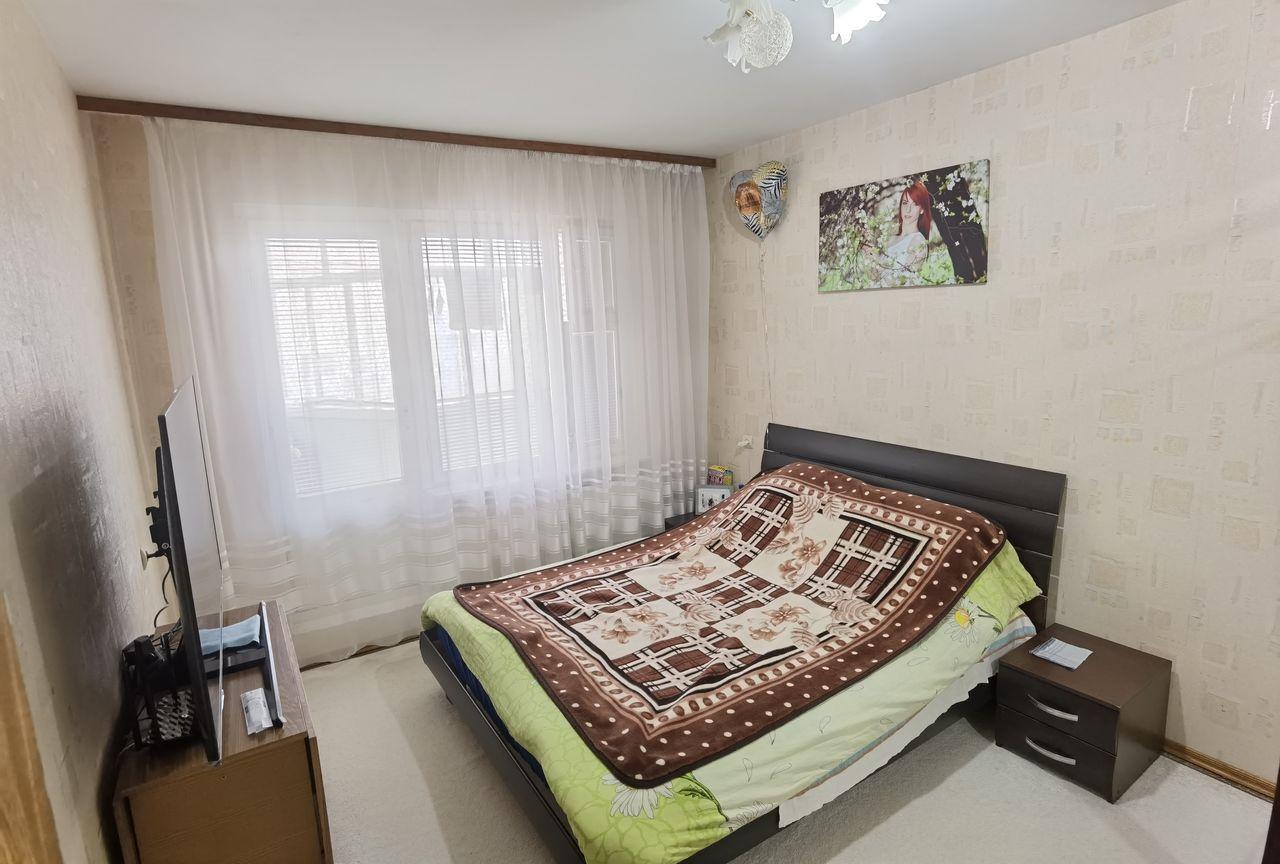 Apartament cu 2 camere separate, etajul 5/9, bd. Mircea cel Bătrân