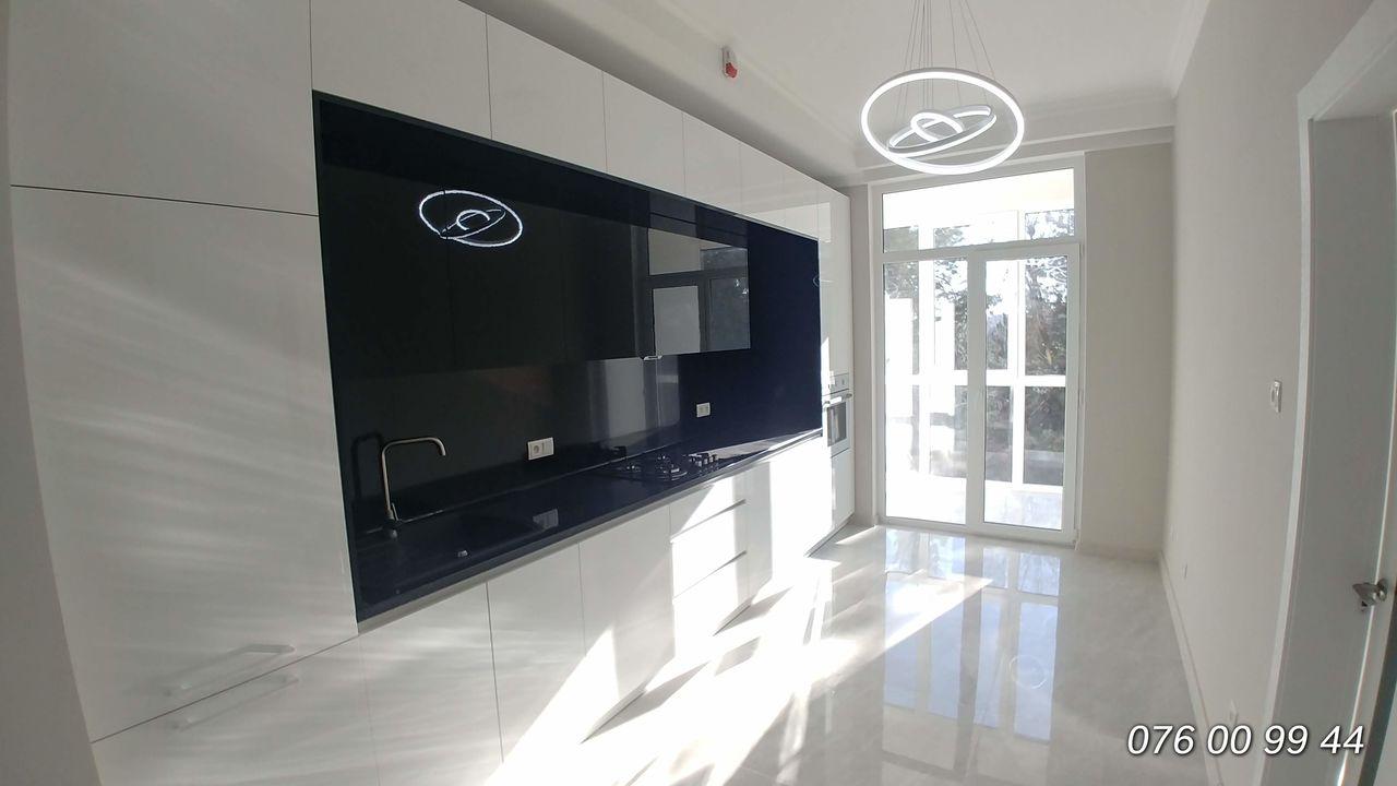 Apartament cu 2 odăi și living cu bucătăria, Exfactor, str. Albișoara