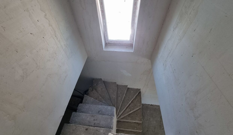 casa-vind-bubuieci-2-nivele (11)
