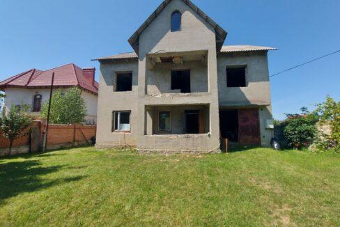 casa-dumbrava-2-etaje (1)
